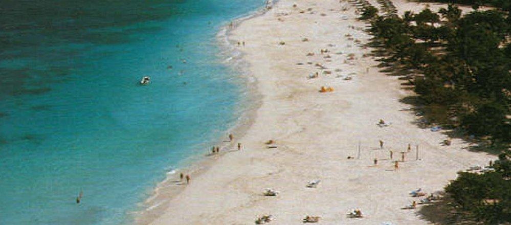 660-Beach-Guardalavaca-03.jpg